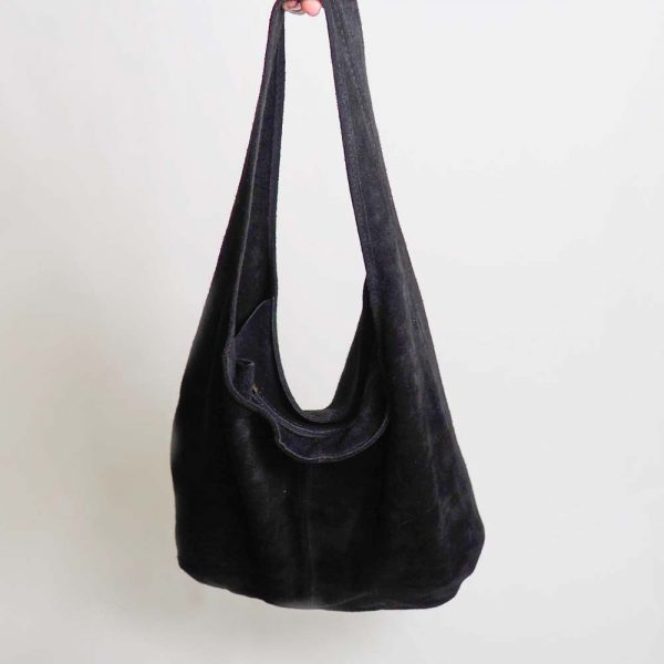Bolso tipo saco negro