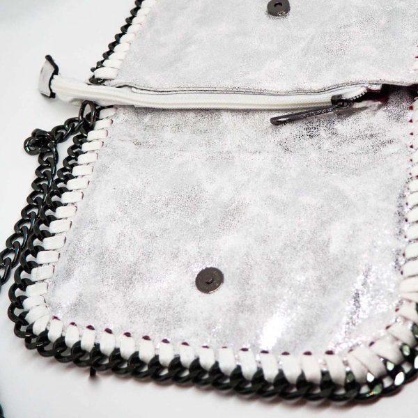 Bolso con cadenas blanco