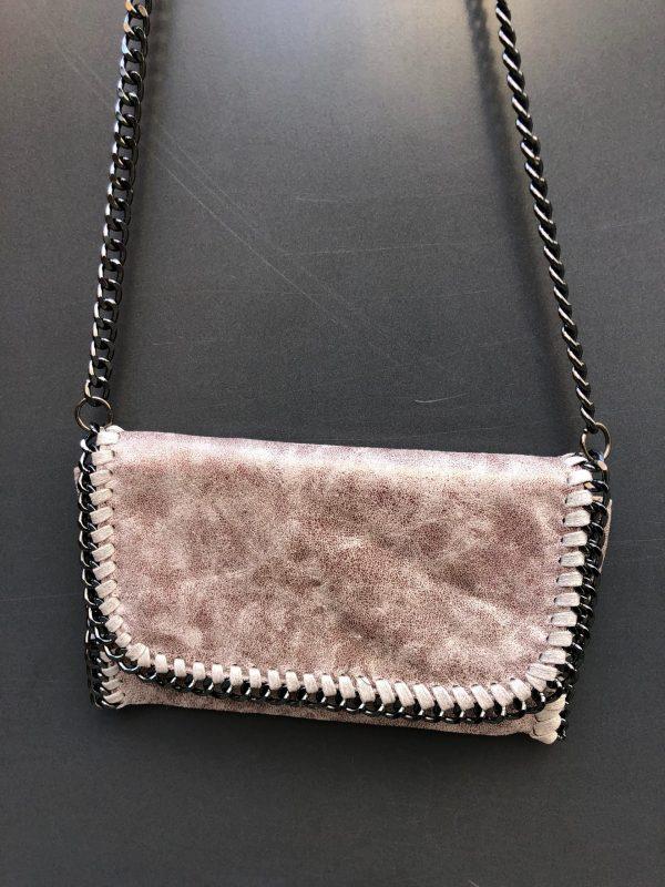 medium chains handbag