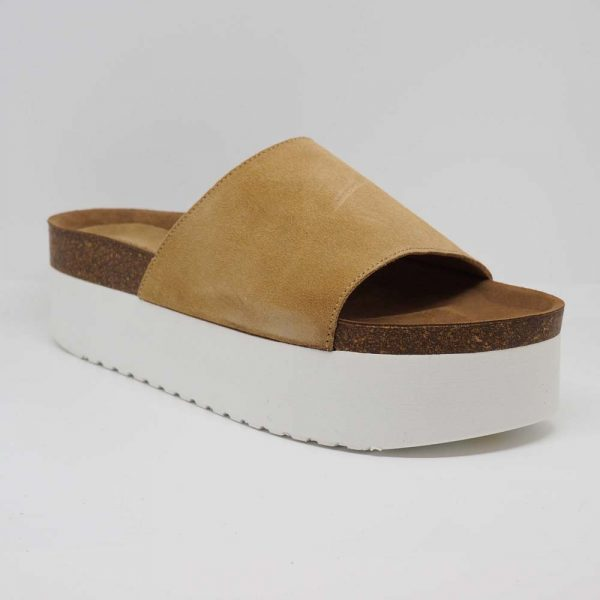 Sandalia con plataforma blanca