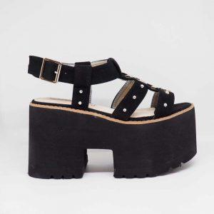 Sandalia con plataforma negra