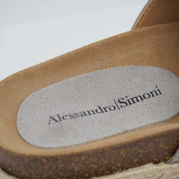 Sandalia de esparto con plataforma