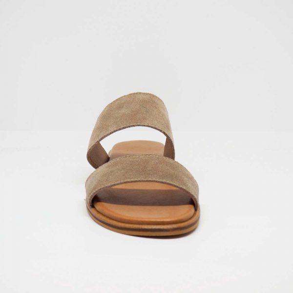 Sandalia plana para mujer